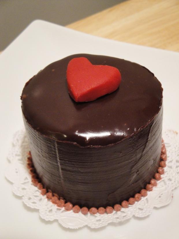 Heart Top Cake2
